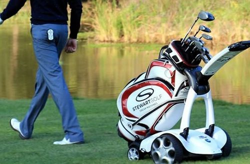 What To Always Keep With You While Playing Golf